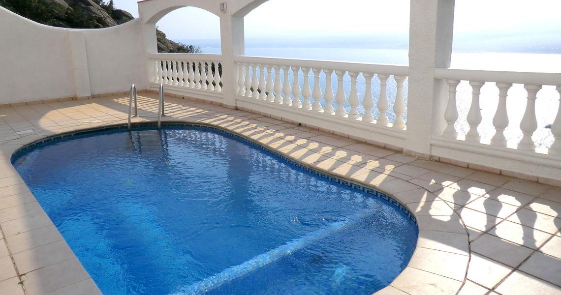 Apartamentos, Villas Y Casas De Alquiler En La Costa. Reservas